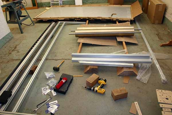 2005_10_30_press_parts_600_7573.jpg
