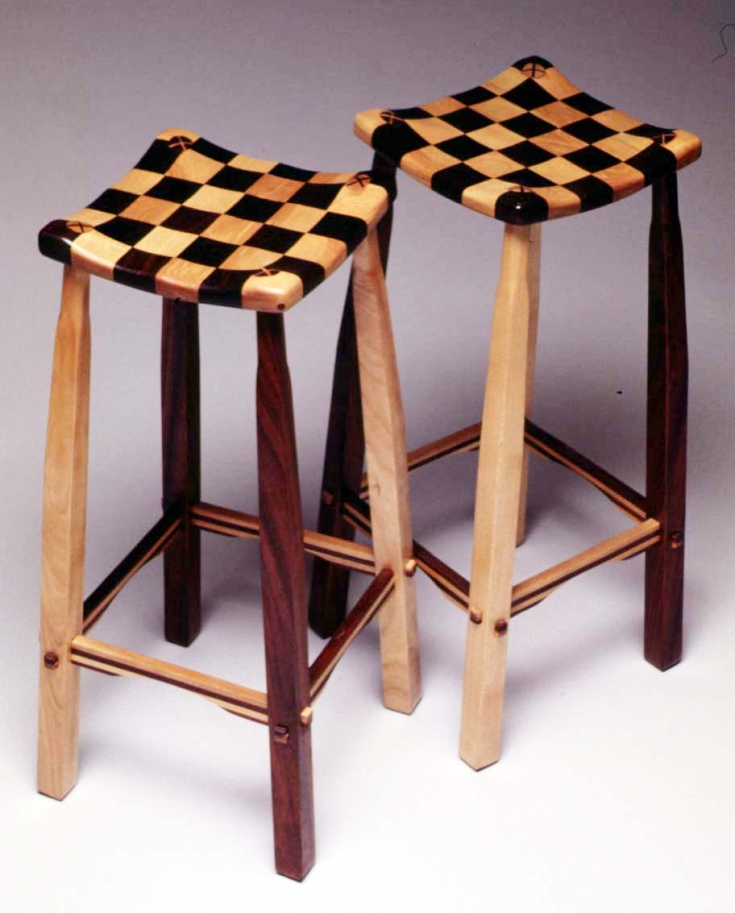 3 checker-stools