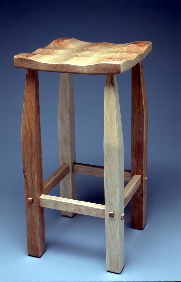 kcai-auction-stool-gary-pam-gradinger-1600
