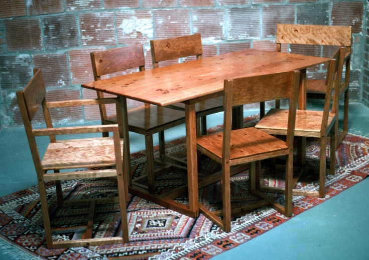 3.5 umb-table-and-chairs-2-1600